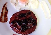 迷迭干酪温泉蛋,黑椒法式冷牛排的做法