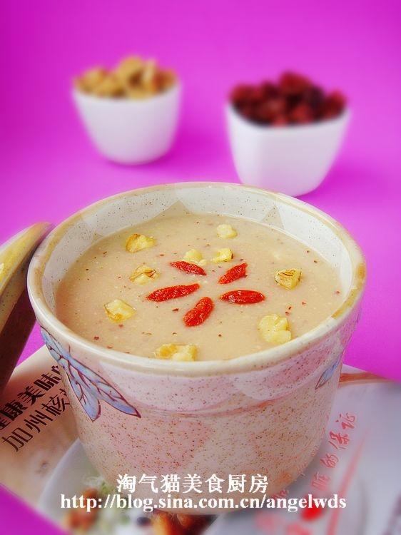 保护大脑的营养早餐---红枣核桃酪的做法