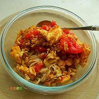 西红柿炒鸡蛋盖浇面