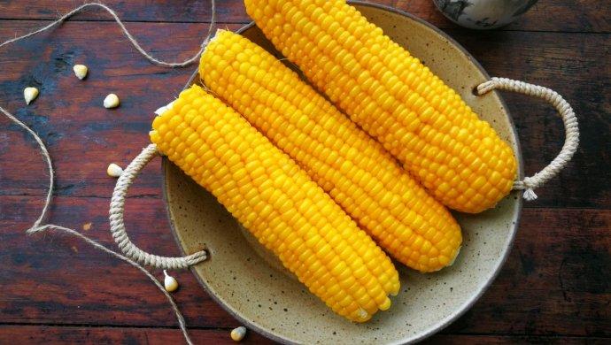 #一人一道拿手菜#这样煮出香甜软糯的玉米