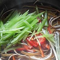 椒麻莴笋拌豆干的做法图解5