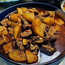 香辣牛腩炖萝卜