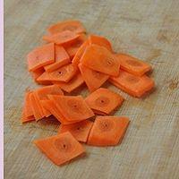 西兰花胡萝卜炒牛肉的做法图解3