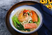 龙虾海鲜面#松下多面美味#的做法