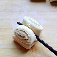 【椒盐小花卷】——简易的家常味道,想的就是这份滋味的做法图解5