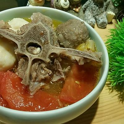 Staub铸菜谱食谱:酸汤羊蝎子的做法_咖喱_豆酥铁锅饺食谱图片