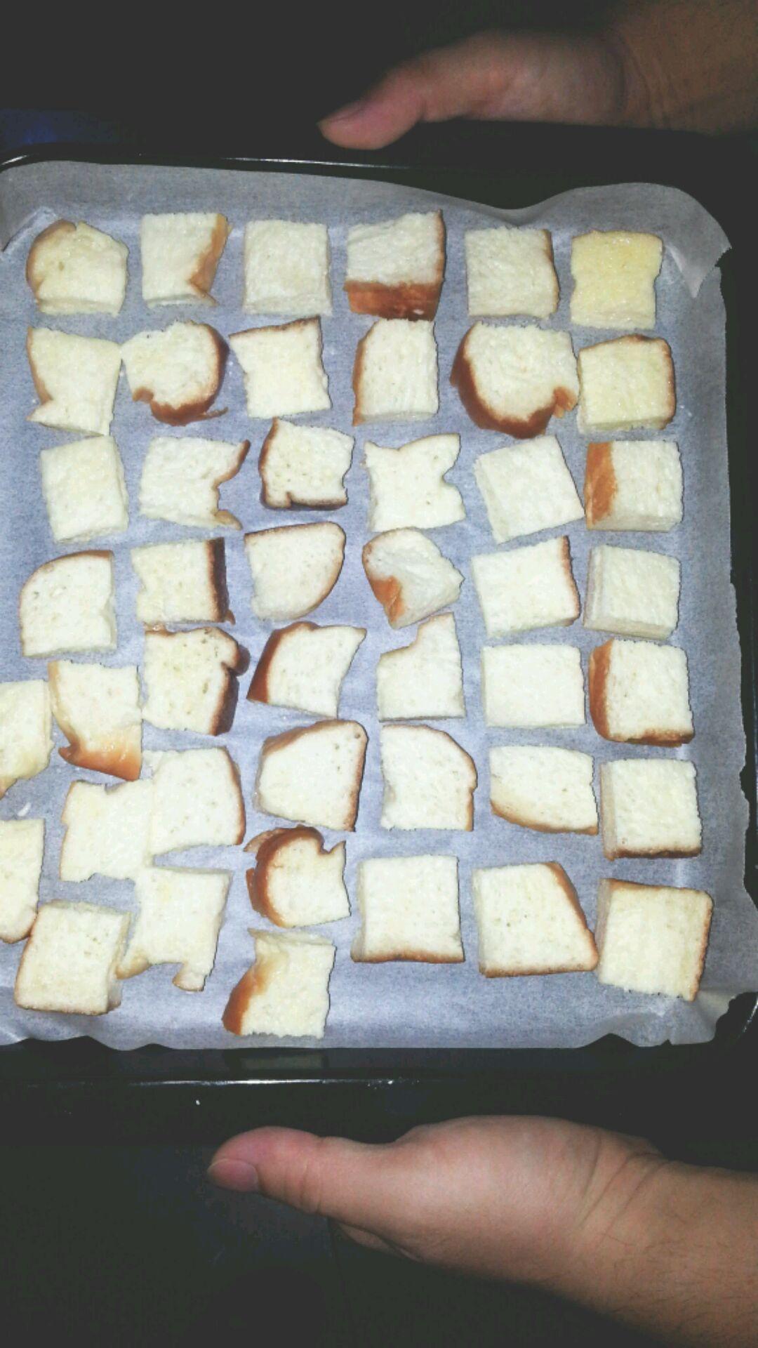 烤面包片的做法步骤