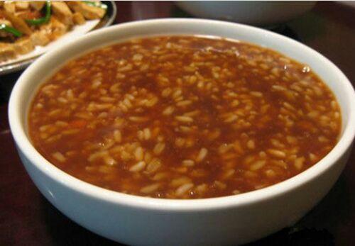 缓解产后疼痛的食补:桂皮红糖汤的做法