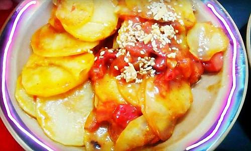 土豆新做法!简单的不能再简单了!!!!土豆控们不容错过噢!!的做法