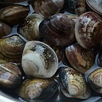 【深夜食堂】酒蒸蛤蜊的做法图解1