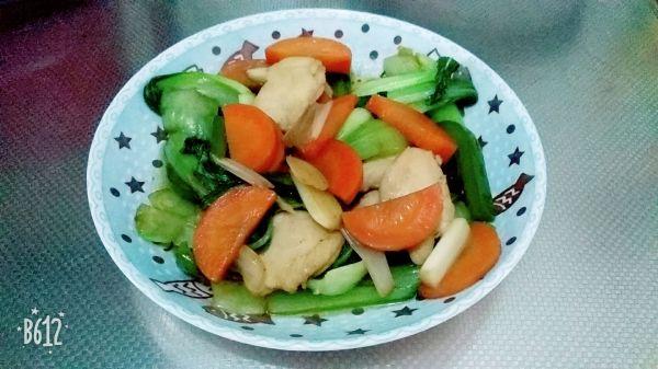鸡肉炒油菜的做法