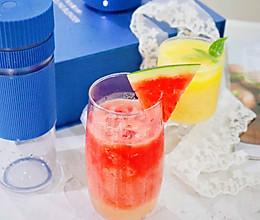 养乐多西瓜汁|附开箱视频的做法