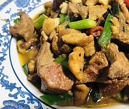 蒜苗炒鸡杂,成本不过5元的#快手菜#,幸福感up的做法