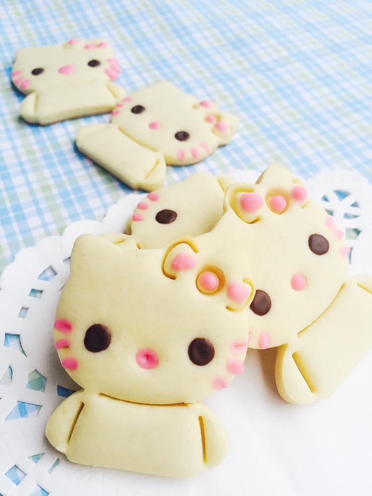 暖心饼干--kitty猫