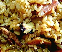 电饭锅香肠焖饭的做法