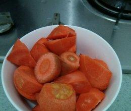 胡萝卜牛肉汤的做法