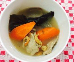 小鱼生汤品⑤海带结虾米瘦肉汤的做法