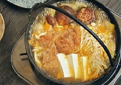 韩式菌菇肥牛暖锅的做法 步骤4