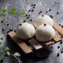 #520,美食撩动TA的心!#豆沙包