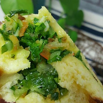 玉米面发面饼(干虾小菜馅)
