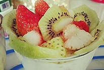 草莓猕猴桃酸奶杯的做法