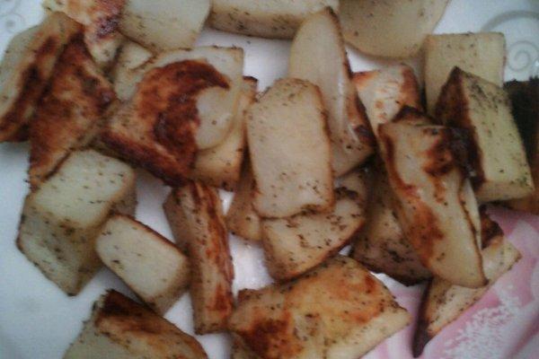 过年健康零食——黑胡椒烤土豆的做法