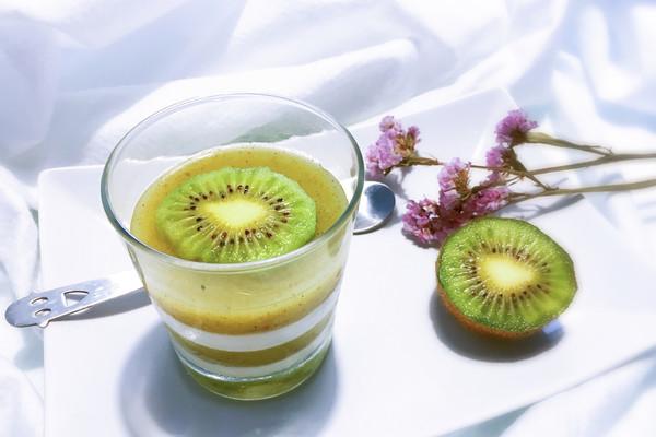 猕猴桃椰奶布丁的做法