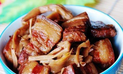黄花菜烧肉的做法