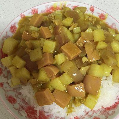 土豆洋葱火腿咖喱饭