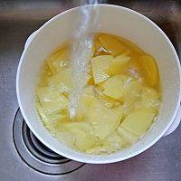 #下饭红烧菜#土豆片炒腊肠的做法图解3