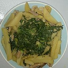 荠荠菜炖土豆