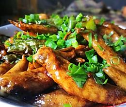 辣炒鸡翅尖的做法