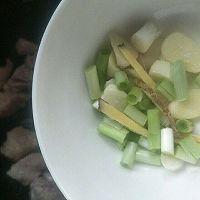 #花10分钟,做一道菜!#猪肉小炖芸豆的做法图解3