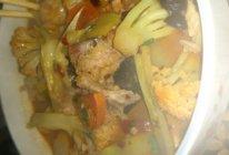 排骨炖萝卜大杂烩汤的做法
