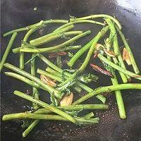 素炒茼蒿的做法图解4