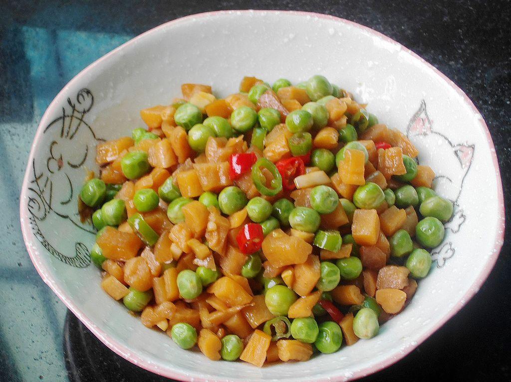 萝卜干拌豌豆的做法图解5
