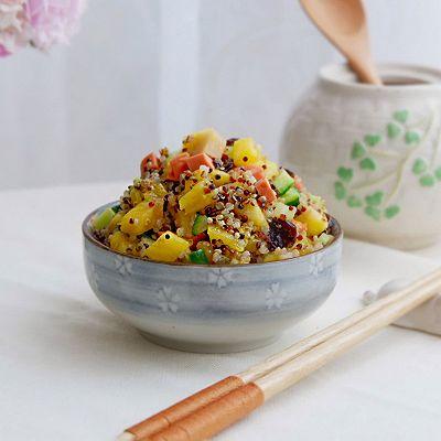 菠萝藜麦炒饭
