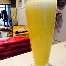 白萝卜香蕉橙汁