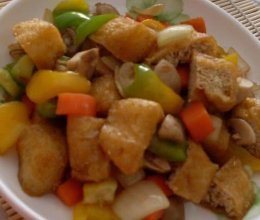 口蘑烧炸豆腐的做法