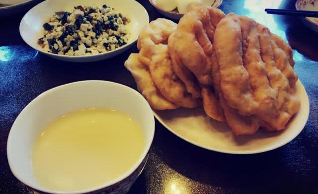 自制黄豆小米豆浆