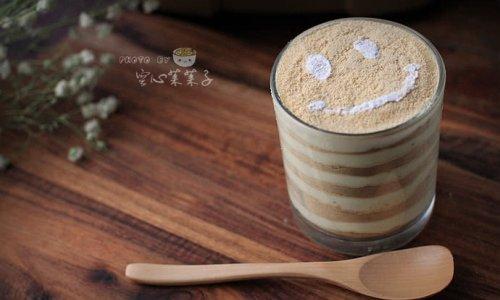 【榴莲木糠杯】——简单又好吃的心机甜品 的做法