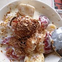 水果巧克力奶昔的做法图解3