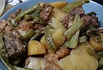 土豆豆角炖排骨的做法
