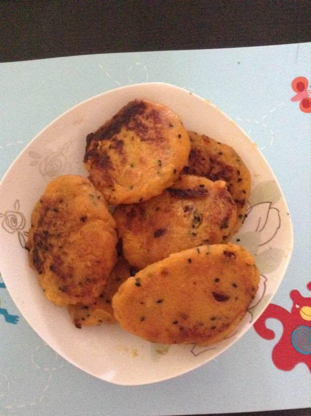 南瓜饼,红薯的做法图解3