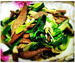 猪肝炒大蒜叶的做法