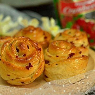 【蔓越梅玫瑰面包】最浪漫的面包让女人宠爱一生