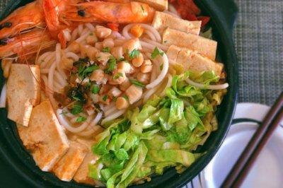三鲜砂锅米线(谁都可以做的美味)