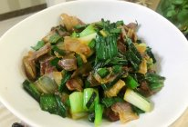 大蒜炒腊肉(含腊肉做法)的做法