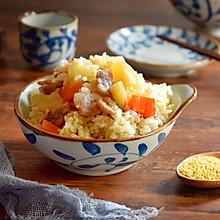 土豆腊肠焖饭,连吃两碗才过瘾#春季减肥,边吃边瘦#