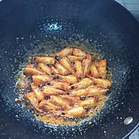一虾两吃——虾油油焖大虾的做法图解2